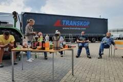 Laden-vrachtwagen-in-deze-corona-crisis-47
