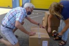 Dozen-transport-klaar-maken-Petra-Wim