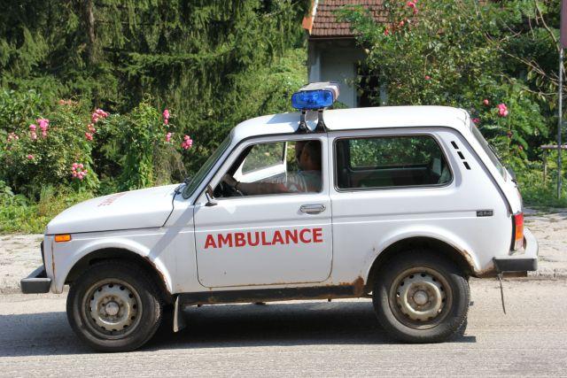 Ambulance op weg naar Bosnië